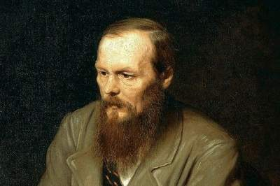 Dostoevsky Museum walking tour