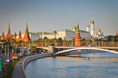Moscow - St. Petersburg cruise by a 3-star ship