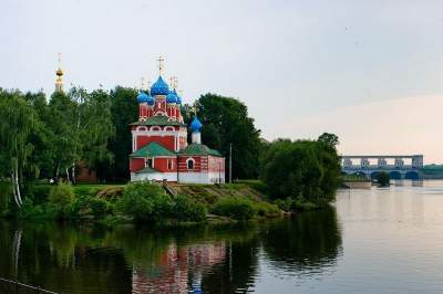 Moscow - St. Petersburg 4-star cruise by Vodohod