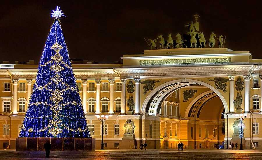 How to Celebrate the New Year in Style in St. Petersburg