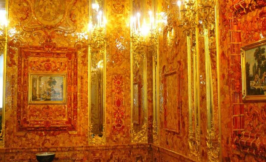5 Russian Palaces Not to Miss-Amber room