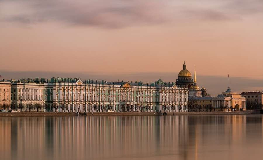 A Classic Sight-Seeing Guide to St Petersburg