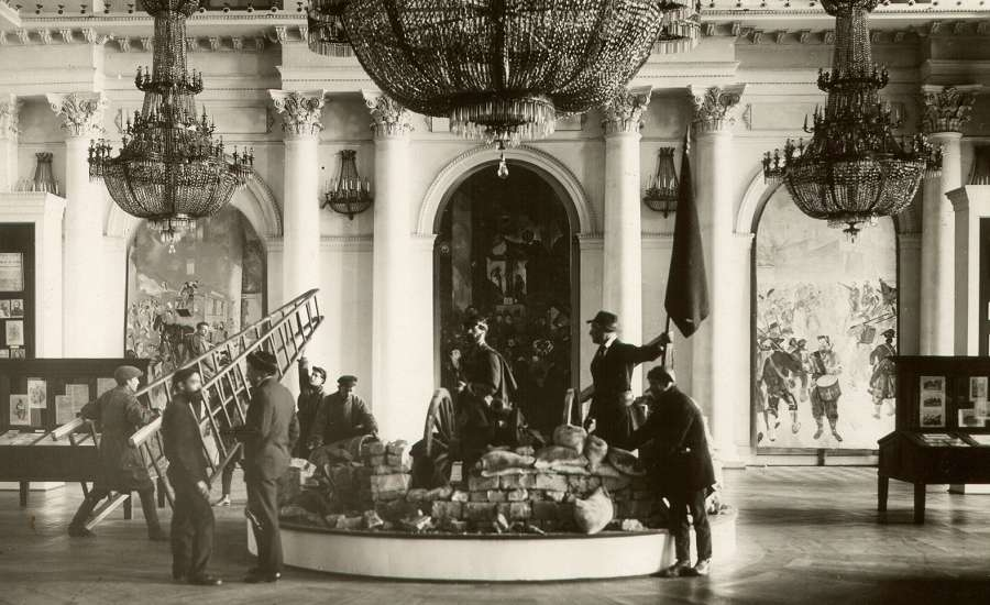 Hermitage Museum during Russian Revolution