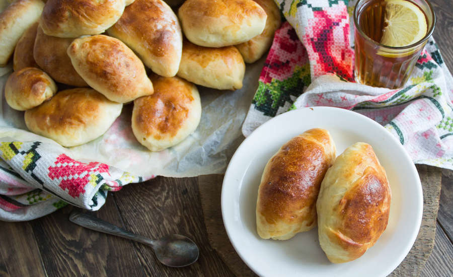 Traditional Russian Pies: History and Recipe