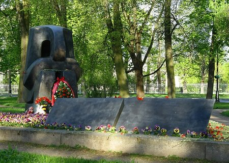 Monument to the Victims of Holocaust in Pushkin